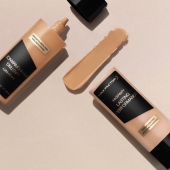Full coverage & long lasting foundation ✨  ➡️Find it at #superprice only at www.Bellacosmetics.he . . . #Bellacosmetics #beauty #makeupaddict #cosmeticsbrands #shoponline #maxfactor #lastingperformance #foundation #flawless #coverage #classic #skin #skgshops #bellagirls #shoponline #thessaloniki