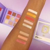 We love Monica Geller 💕 . . . #Bellacosmetics #beauty #makeupaddict #cosmeticsbrands #shoponline #revolution #friendstheseries #limitededition #love #monicageller #eyeshadowpalette #frame #iconic #shoponline #skgshops #thessaloniki #eshopping #mua #eyelook #pinkshades #purple #art #bellagirls